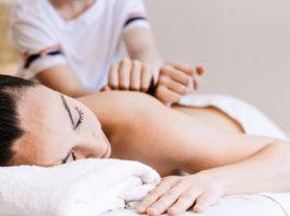 Massagem Desportiva - Cynthia Sawasaki | Revista Correr